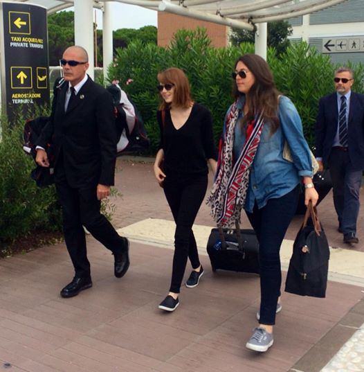 Emma Stone arriving at Marco Polo airport