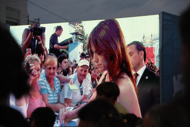 Charlotte Gainsburg signing autographs at the 3 Coeurs premiere