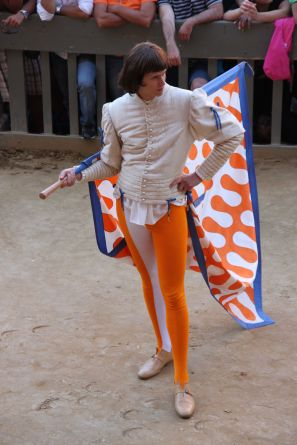 Fancy pants for this flag bearer at Siena's Palio!