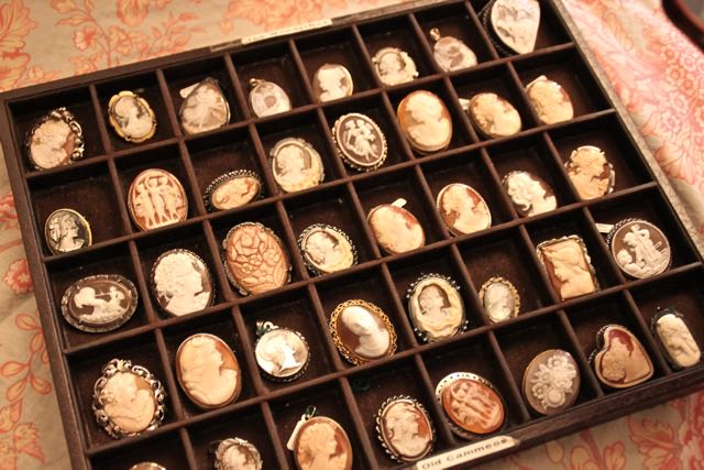 cameo jewellery in venice