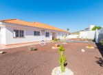 For-Holiday-Rent-Five-Bedroom-Villa-Terrace-Ocean-View-Swimming-Pool-Garden-BBQ-Tijoco-Bajo37