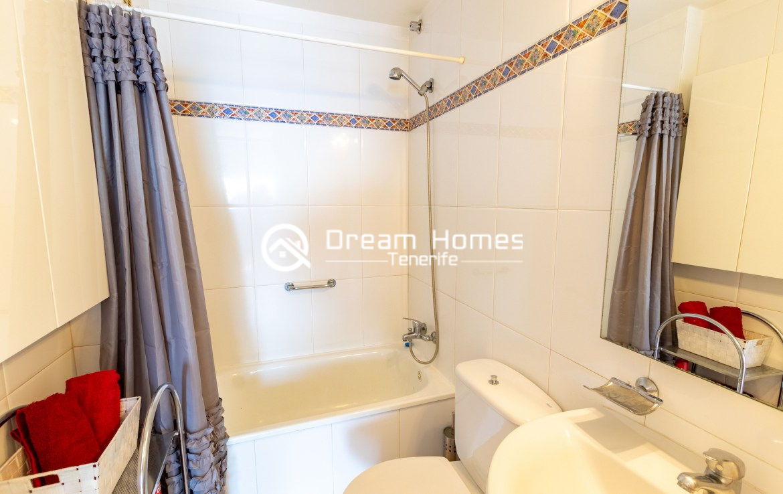Bahia One Bedroom Apartment, Puerto de Santiago Bathroom Real Estate Dream Homes Tenerife