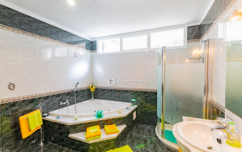 Fantastic View Apartment in Los Gigantes. No Community Fee Bathroom Real Estate Dream Homes Tenerife
