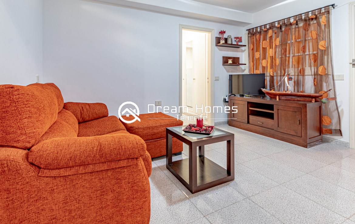 2 Bedroom Apartment in for rent in Colonial Park Living Room Real Estate Dream Homes Tenerife