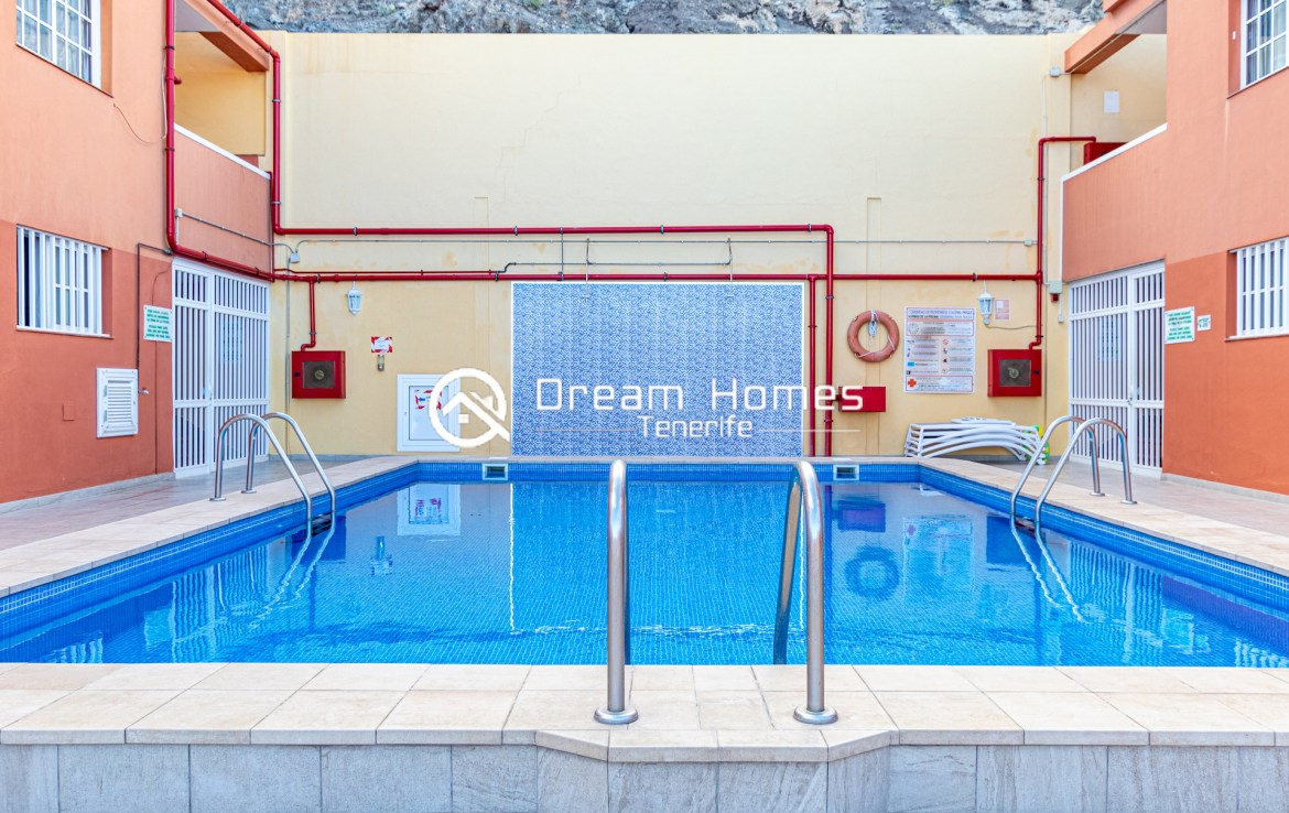 2 Bedroom Apartment in for rent in Colonial Park Pool Real Estate Dream Homes Tenerife