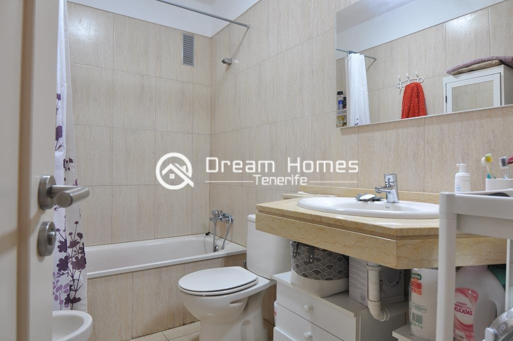 Modern One Bedroom Apartment with Pool Bathroom Real Estate Dream Homes Tenerife