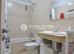 Modern One Bedroom Apartment with Pool Terrace (20)