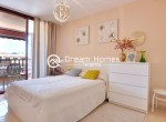 Modern One Bedroom Apartment with Pool Terrace (7)