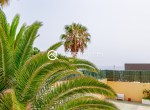 One Bedroom Apartment Near The Beach With Swimming Pool12