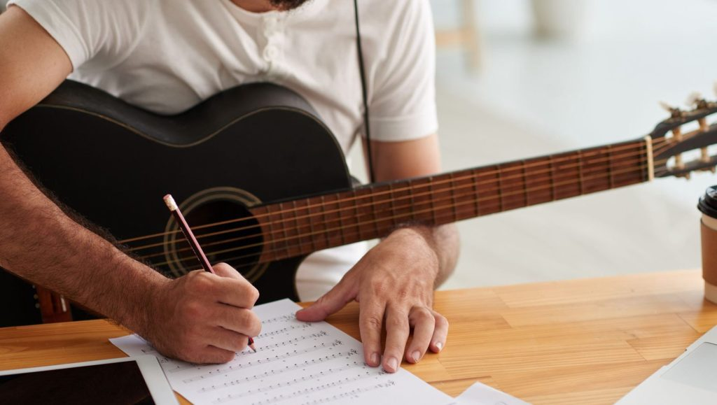 how to write a pop song  dreaming guitar