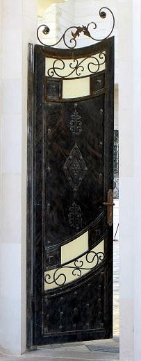 Door 15 r