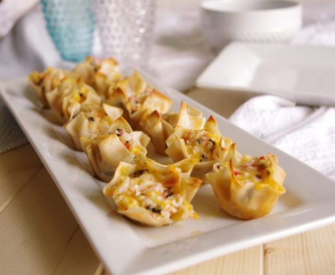 Crab and Cheddar Won Ton Purses Appetizer Easy Recipe - Party Favorites - Yummy Bitesized Crowd-Pleasers