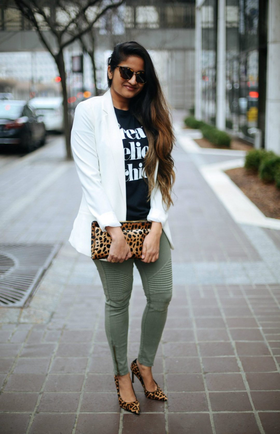 dressing-up-a-moto-jegging-1