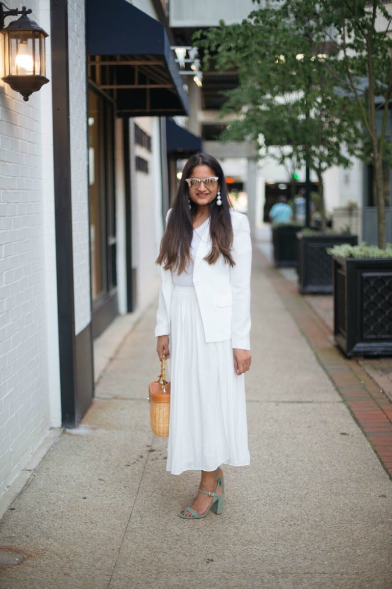An-all-white-summer-outfit-dreaming-loud