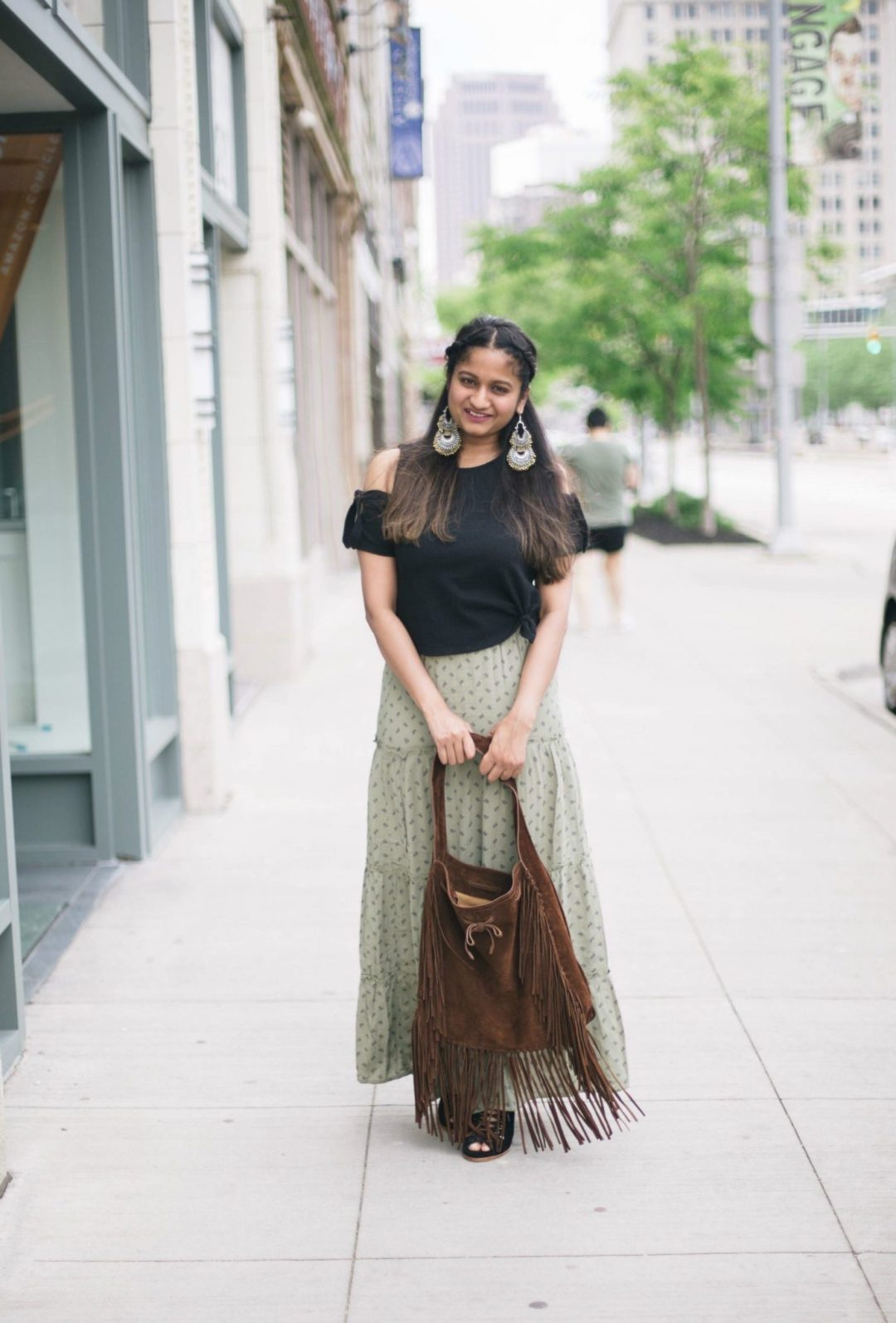 tips-to-wear-maxi-skirt-for-petites