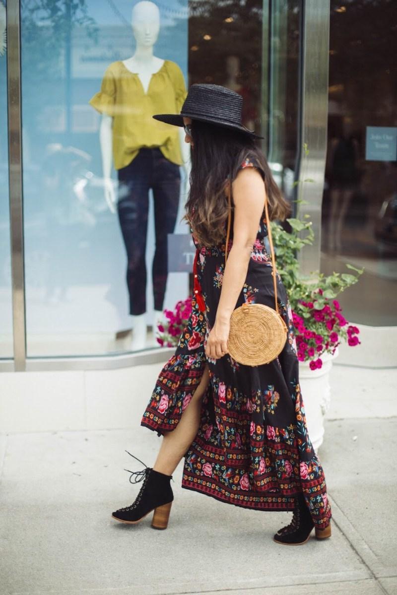 woven-straw-Round-shoulder bag
