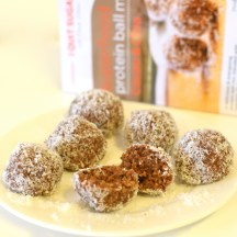 IQS Chia Cacao Protein Balls