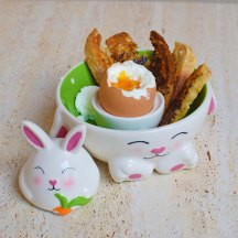 Soft boiled eggs with soldiers