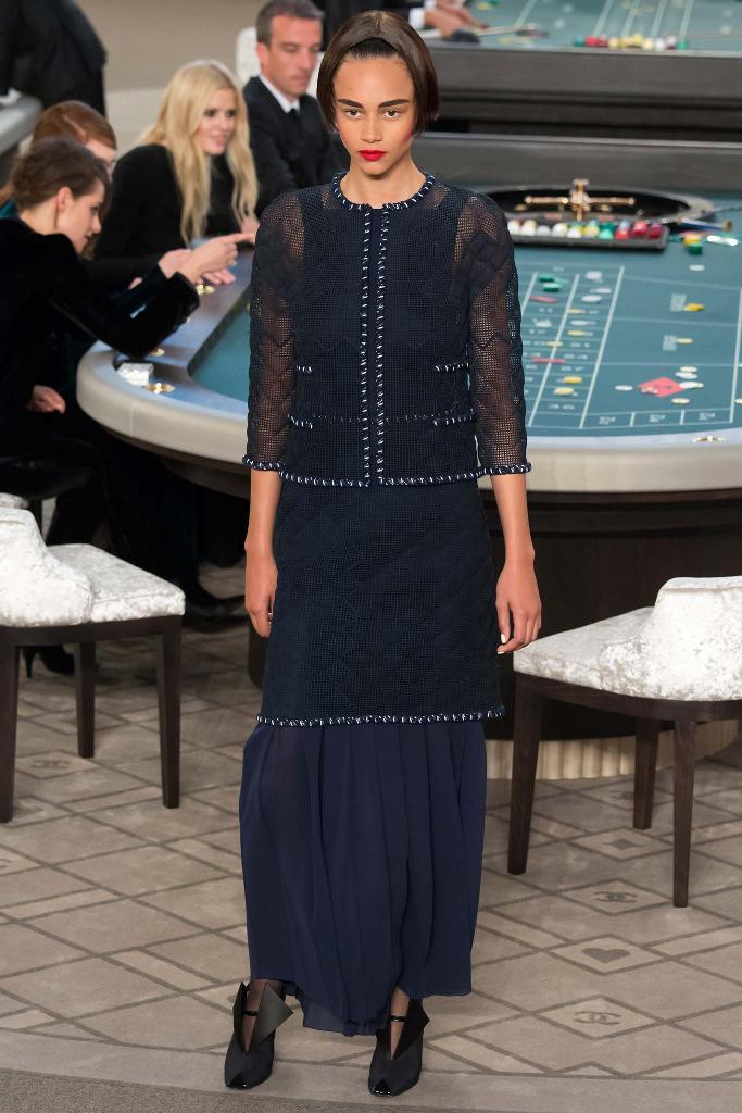 chanel-couture-fw15-runway-paris-look 8