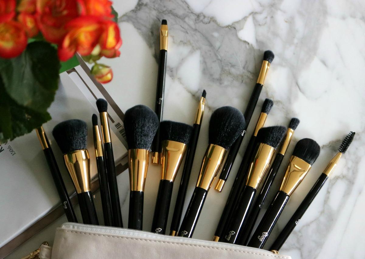 Qivange Makeup Brushes I DreaminLace.com