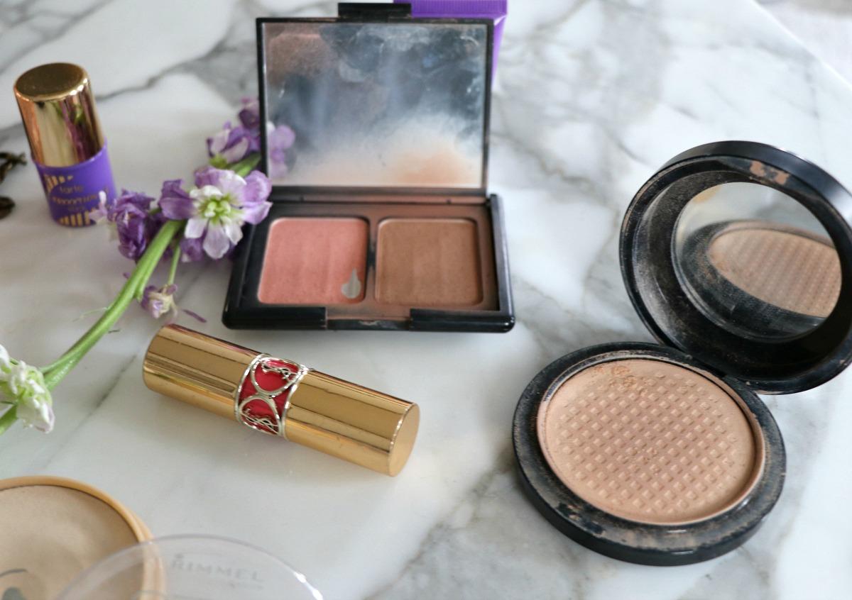 Makeup I've Hit Pan On I DreaminLace.com