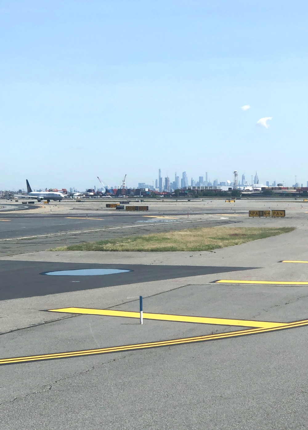 New Jersey Photo Diary I Newark Airport view of New York City #Travel #TravelBlogger