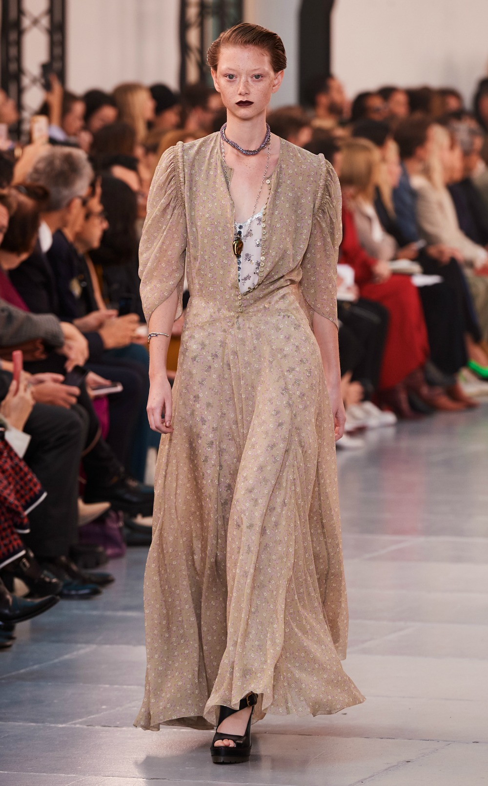 Chloe Spring 2020 Collection Runway at Paris Fashion Week #FashionWeek #HighFashion #DEsignerFashion #Chloe