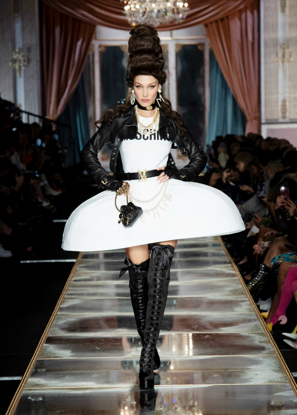 Best MFW Runway Looks I Moschino Fall 2020 Collection