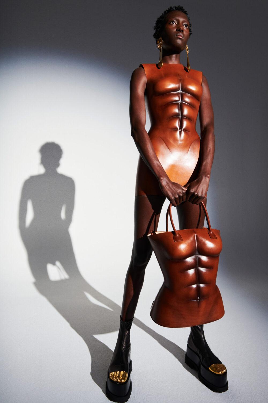 Schiaparelli Spring 2021 Couture Collection by Daniel Roseberry I DreaminLace.com #couture #hautecouture