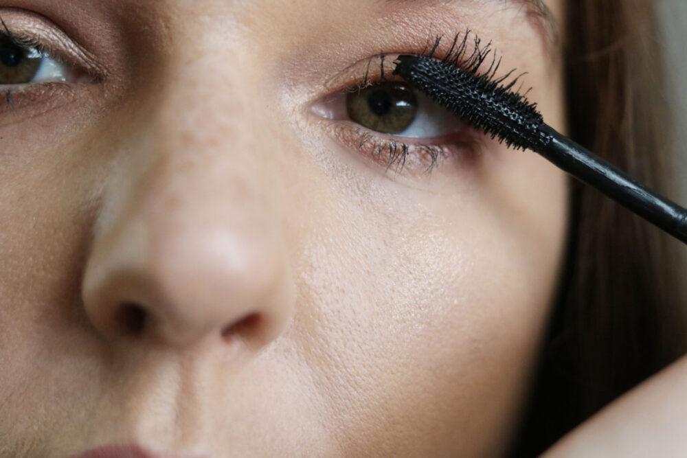 Lancome Lash Idole Mascara Review I DreaminLace.com #mascara #beautyblog #beautyblogger
