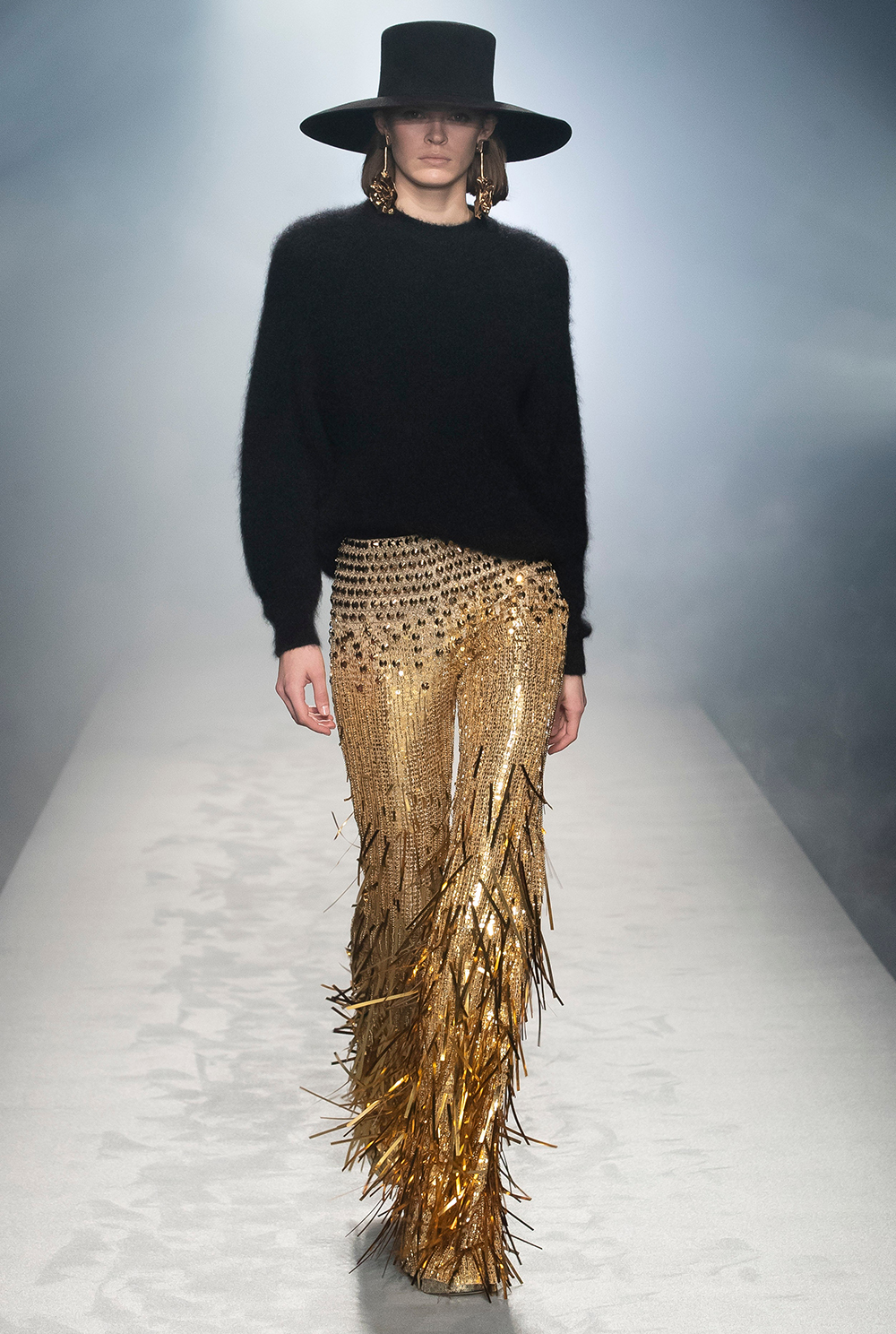 Best MFW Looks I Alberta Ferretti Fall 2021 Collection Runway #AlbertaFerretti #MilanFashionWeek #fashionblog #fashionstyle #outfitinspo