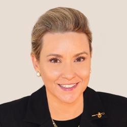 Cristina Dolan, Organizer