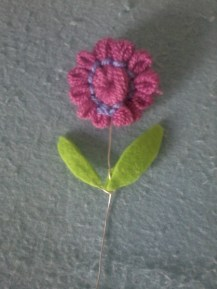 Flower made with yarn