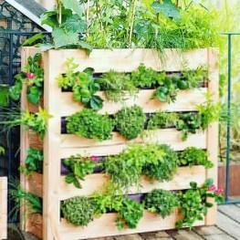 43 beautiful diy planters ideas for beautiful garden 10