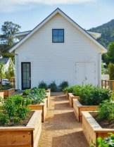 43 beautiful diy planters ideas for beautiful garden 14