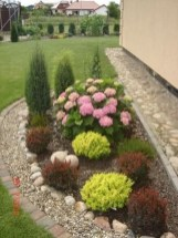 57 Impressive Front Garden Design Ideas To Try In Your Home 6