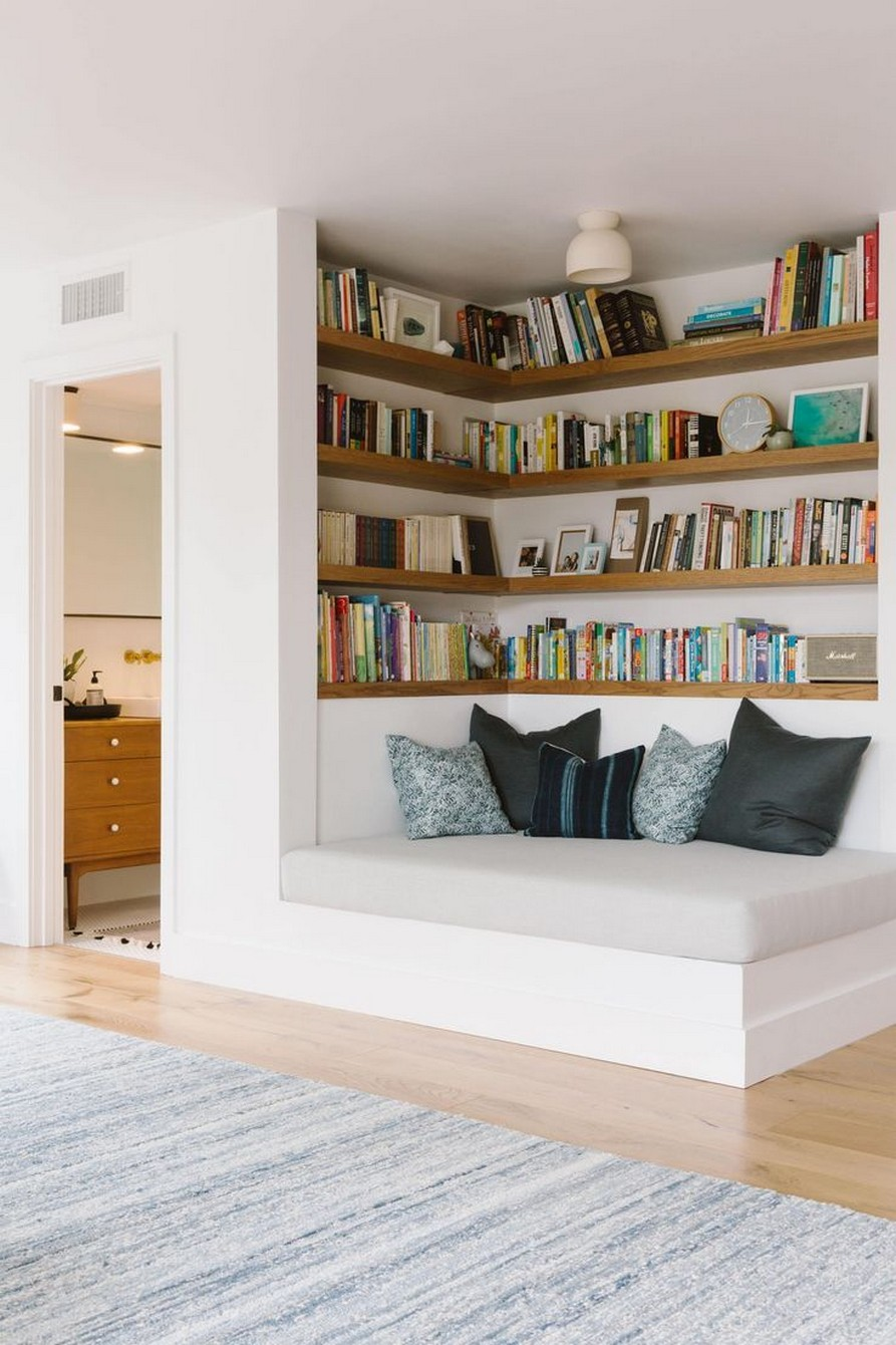 61 Stylish Ways To Display Bookshelves With A Lot Of Books Posh Pennies 23