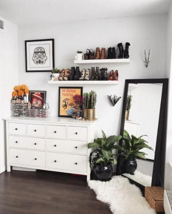 61 Stylish Ways To Display Bookshelves With A Lot Of Books Posh Pennies 46