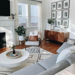 71 Inspiring Living Room Wall Decoration Ideas You Can Try 8