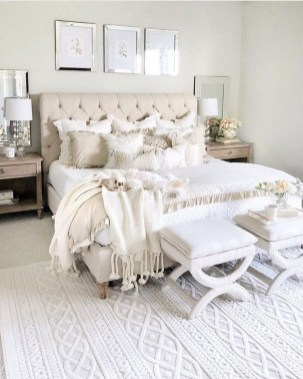 30 Newest Master Bedroom Ideas That You Will Dreaming 13