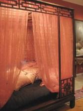 35 Romantic Bedroom Ideas 18