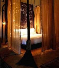 35 Romantic Bedroom Ideas 22