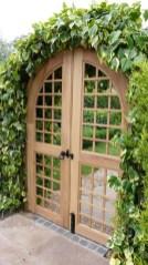39 Inspired Garden Gates For A Beautiful Backyard 35