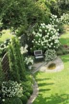 39 Inspired Garden Gates For A Beautiful Backyard 7