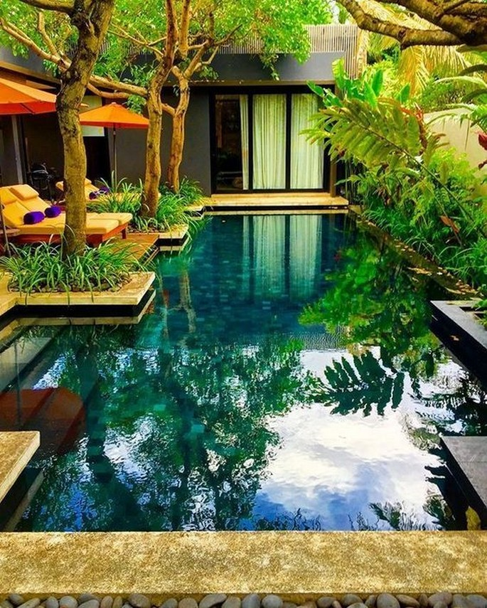 40 Fascinating Pool House Ideas 5