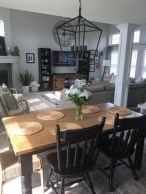41 Rustic Dining Rooms That Will Make Your Farmhouse Shine 32