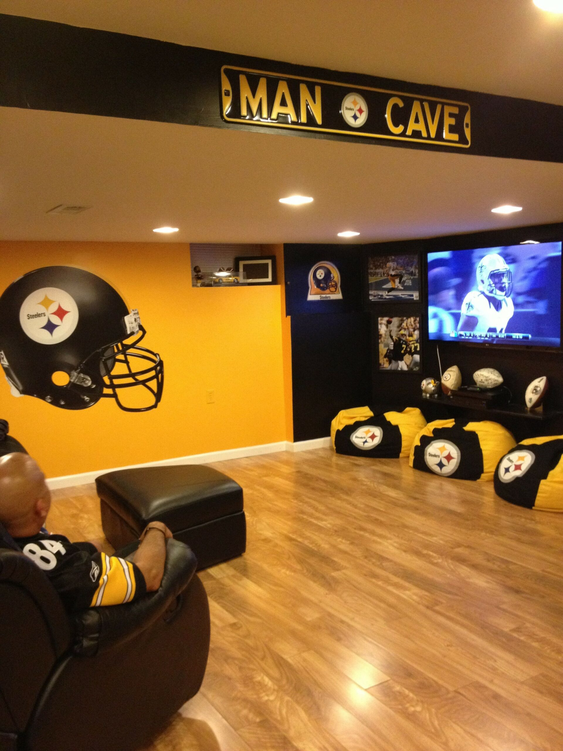 60 Man Cave Bar Ideas To Slake Your Thirst 15