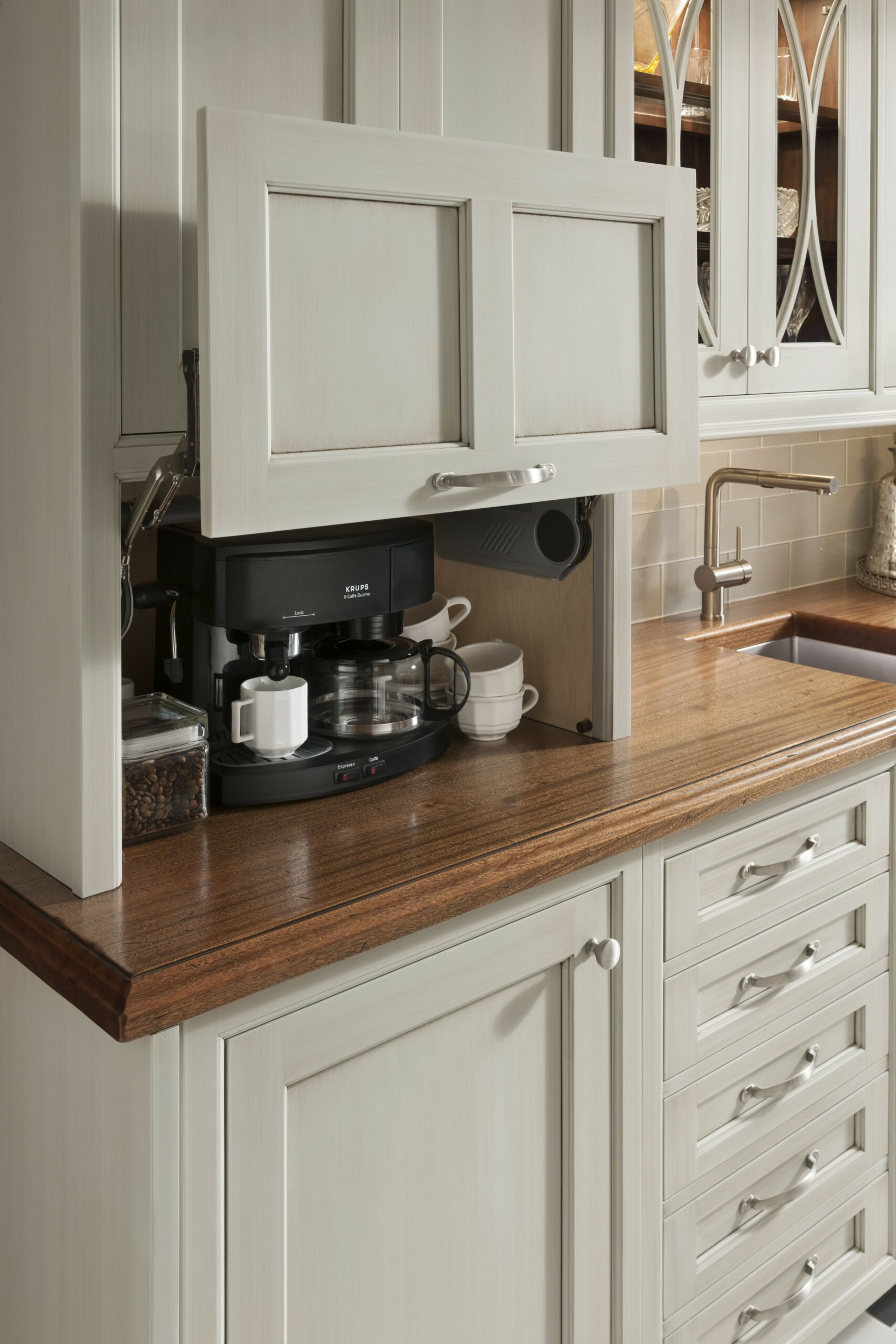 71 Painted Kitchen Cabinets Ideas For Home Decor 19