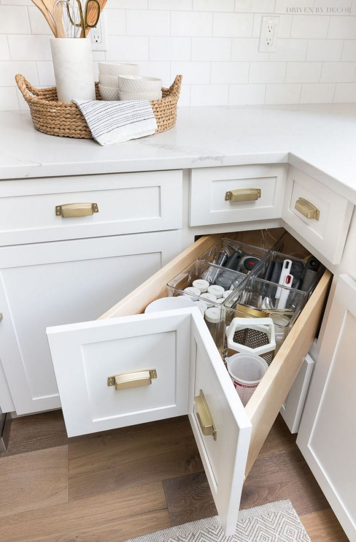 86 Some Small Kitchen Ideas To Help You Do Up Your Kitchen 52