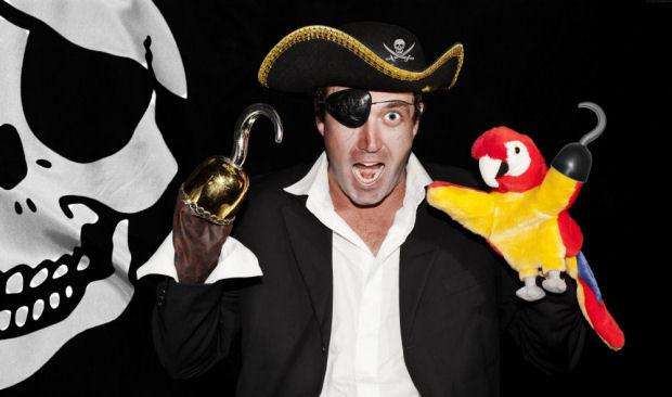 pirate bird